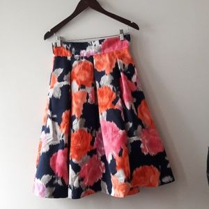 Eliza J multi colored skirt 2 pockets sz 6